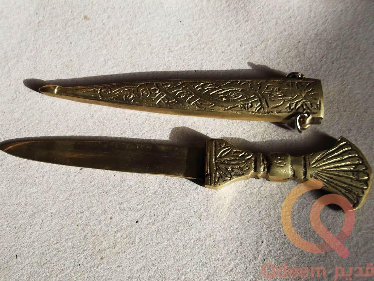 خنجر يمنى قديم