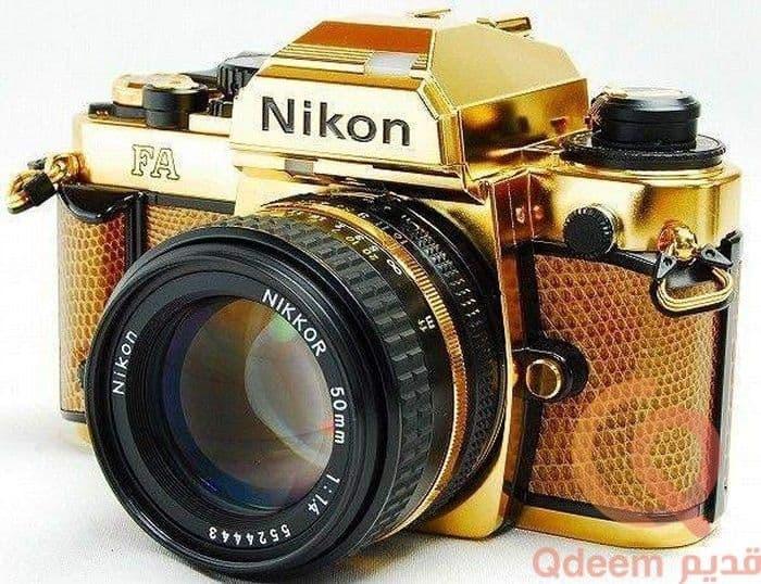 كاميرا نيكون ذو الفيلم القديمة